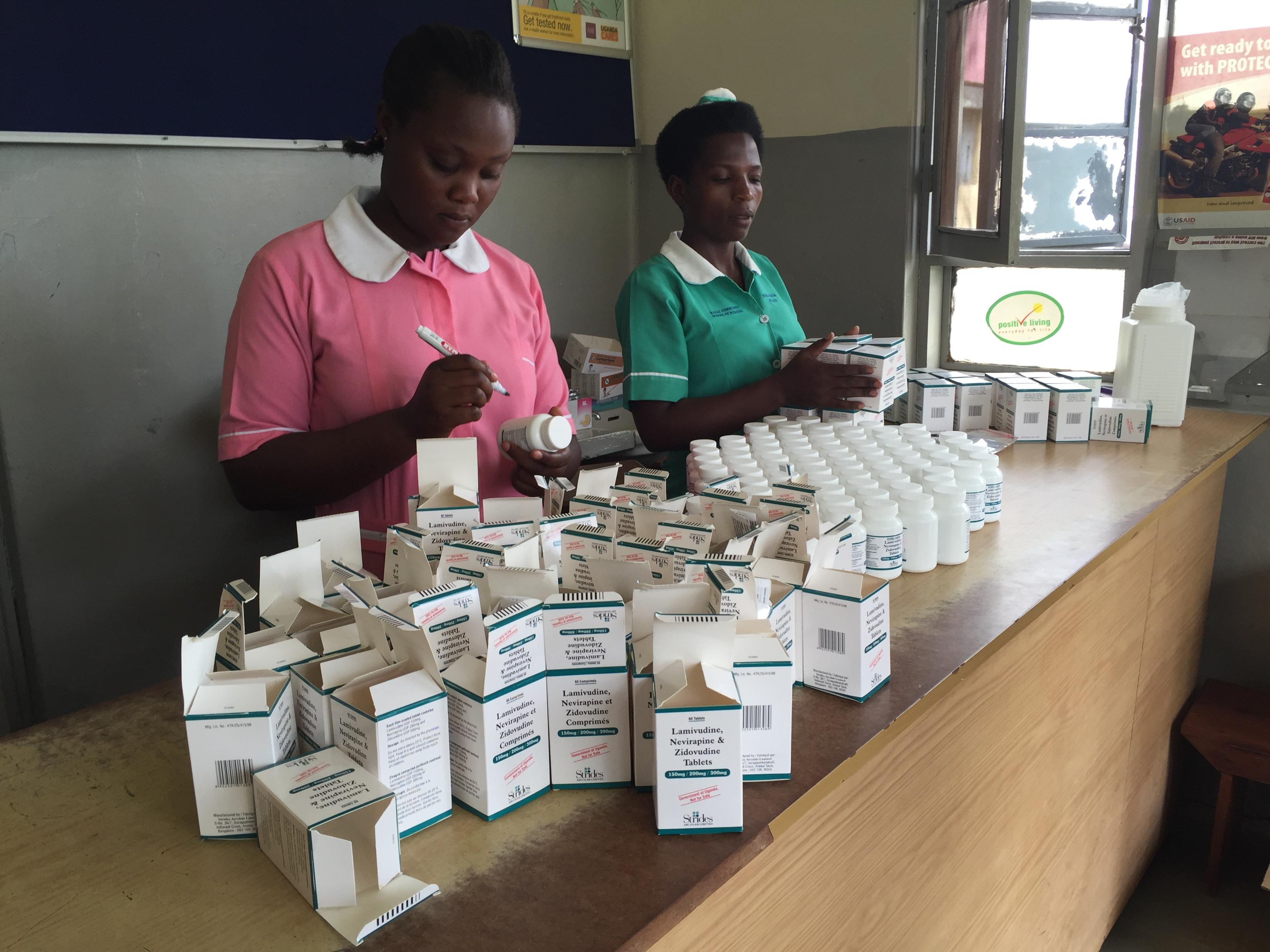 2015-11-11 Lyantonde hospital pharmacy 2