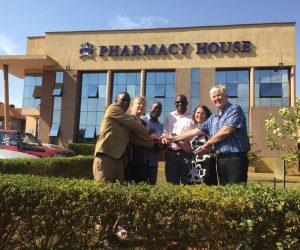 FuG i samarbete med Pharmaceutical Society i Kampala